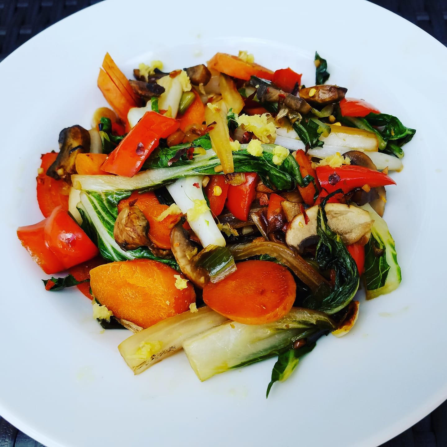 Rainbow stir fry. https://www.wocdetox.com/summer-5-day-detox.html